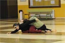 Danza contact improvisation en la universidad